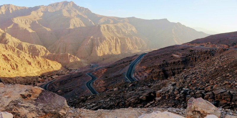 The winding road up to the summit of Jebel Jais