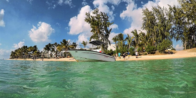 take an Instagram tour of Mauritius to see the best things to do and see