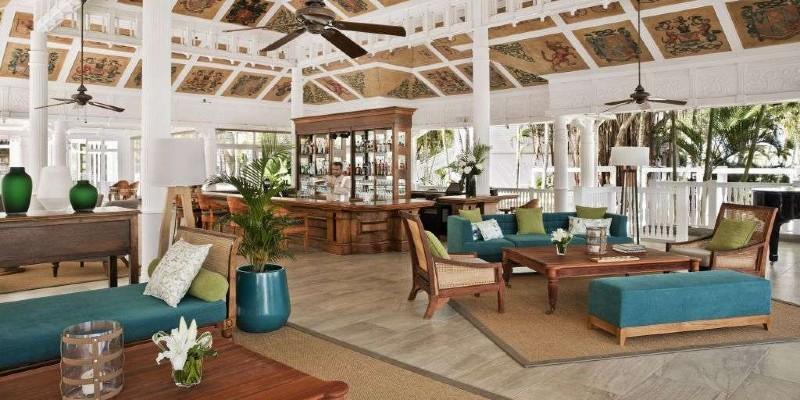 Bar area at Heritage Le Telfair Golf & Spa Resort