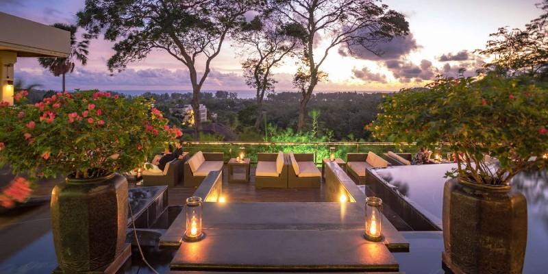 Romantic setting of Plantation Club Restaurant, Phuket