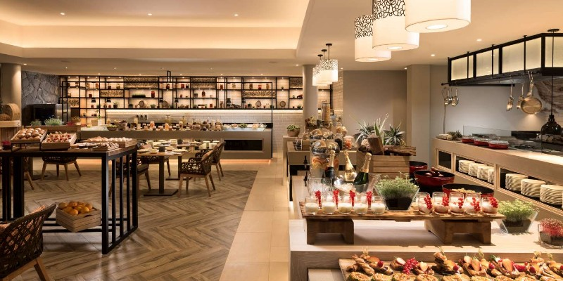 Buffet restaurant at Anantara Iko Mauritius Resort & Villas