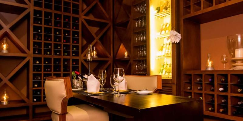 An elegant looking restaurant at Blue Water Hotel Sri Lanka