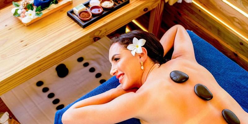 Enjoy a soothing treatment at Kurumba Spa